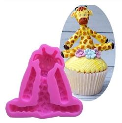 Paku Malzeme - Silikon kalıp Bebek Zürafa; 8,1*7,3 CM