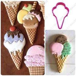Paku Malzeme - Plastik Dondurma; 11*7 cm