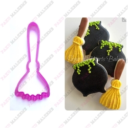 Paku Malzeme - Plastik Kalıp Cadı Süpürgesi; 11*5 cm