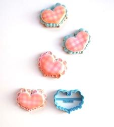 Paku Malzeme - Plastik kalıp Dilimli Mini Kalp; 6,0*4,7 cm