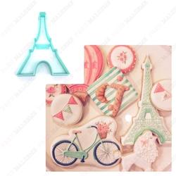 Paku Malzeme - Plastik kalıp Eiffel Kule; 10*7,3 cm