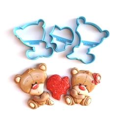 Paku Malzeme - Plastik kalıp Kalp tutan Ayıcıklar; 16,5*9,4 cm