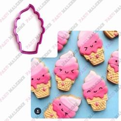 Paku Malzeme - Plastik Kalıp Külahta Dondurma; 11*7 cm