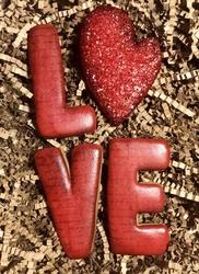 Paku Malzeme - Plastik kalıp LOVE kutu harfler; 9 cm (1)