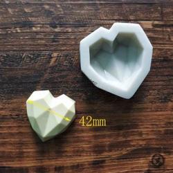 Paku Malzeme - Silikon kalıp Elmas Kalp Polygonal Heart; 4,3*4,3 cm