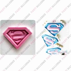 Paku Malzeme - Silikon kalıp Superman; 4,2*6,5 cm