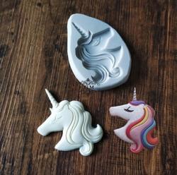 Paku Malzeme - Silikon kalıp Unicorn Head; 10*7 cm